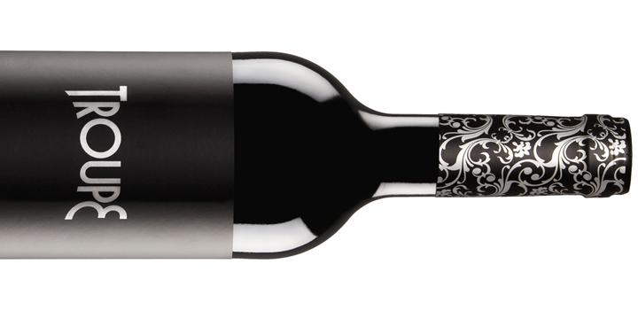O albariño monovarietal Troupe, incluído na Selección de los Mejores Vinos Blancos en España 2016